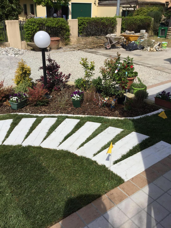 Design giardini e manutenzioni agri garden srl vivaio for Design giardini